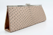Pochette en satin evening bag