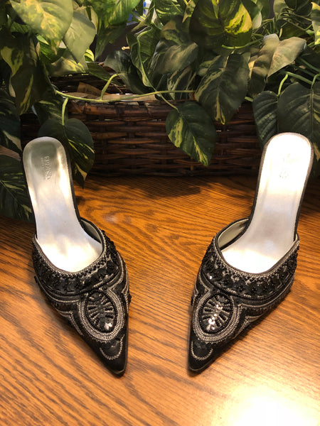 Splash Brand Embroidered Heels, Women's US Size 8