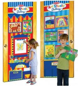 Lisa LeLeu W12392 Art Studio Gallery - Door Easel & Gallery - Peazz Toys