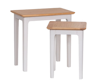 Nordic Nest of 2 Tables