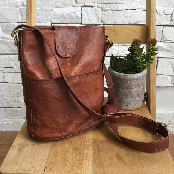 "MEDIUM FAIR TRADE 10"" LEATHER BUCKET BAG"