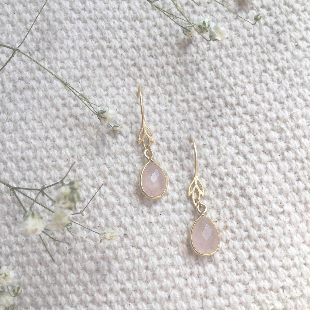 ROSE QUARTZ IRIS EARRING
