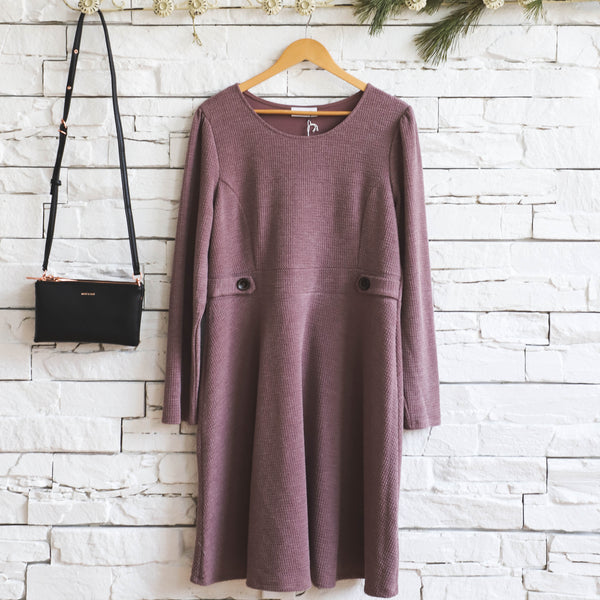 L/S KNIT DRESS WITH BUTTON DETAIL
