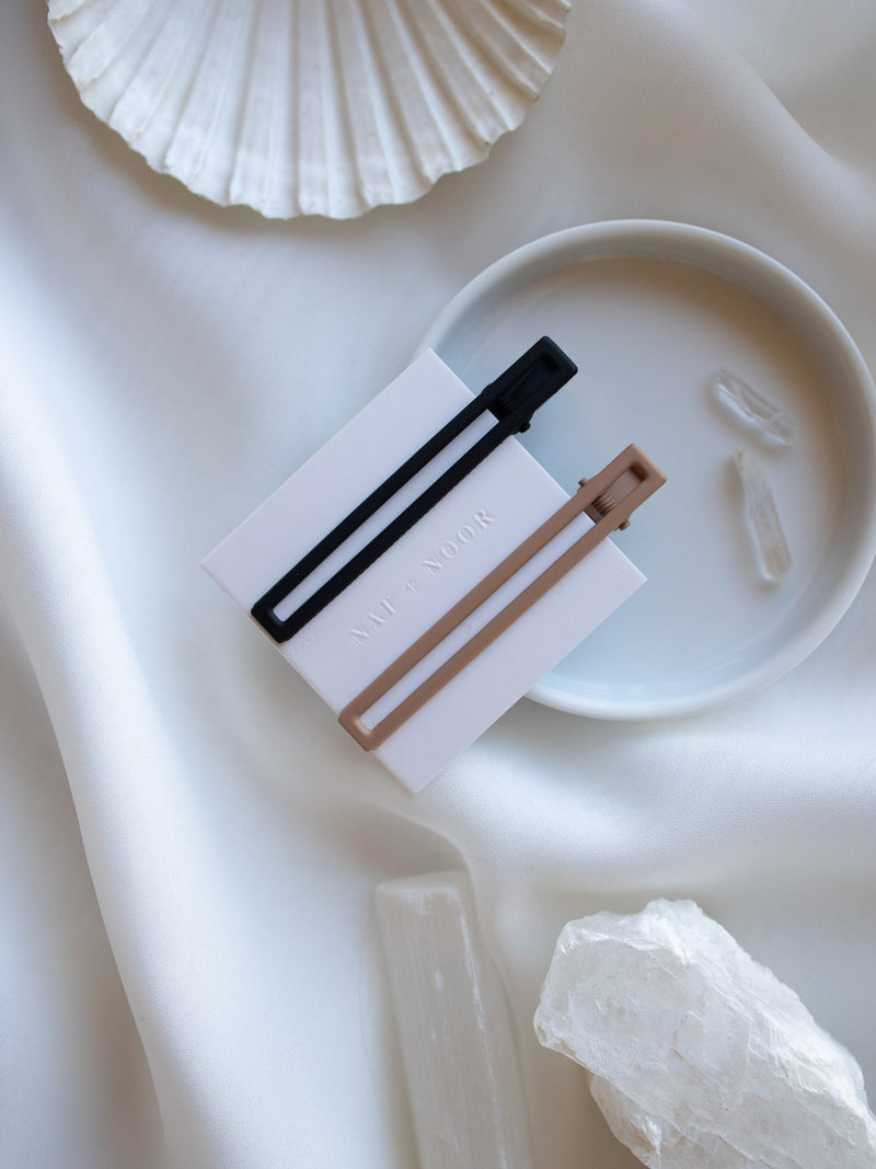 LEIA BLACK & TAN HAIR CLIPS