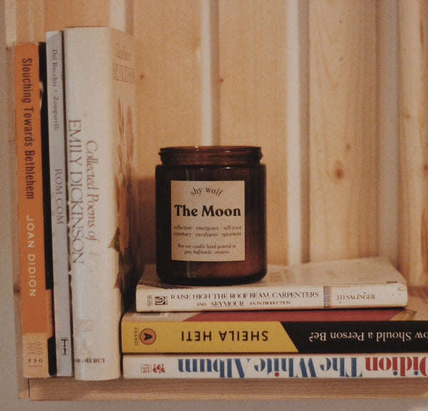 THE MOON CANDLE 8OZ SOY