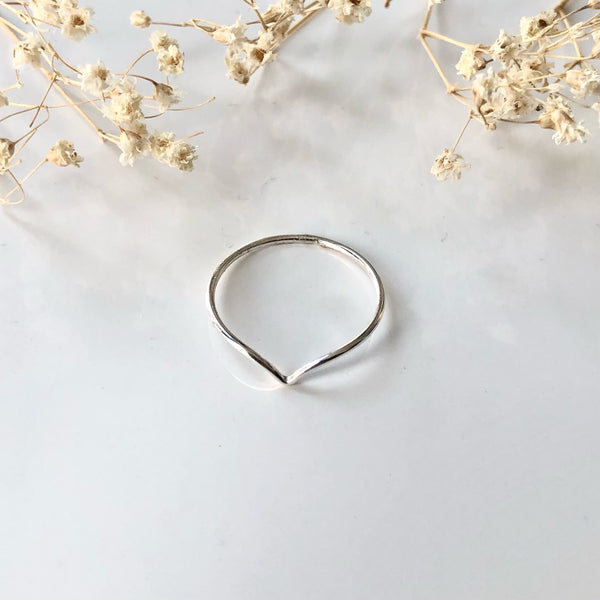 CHEVRON STACKING RING