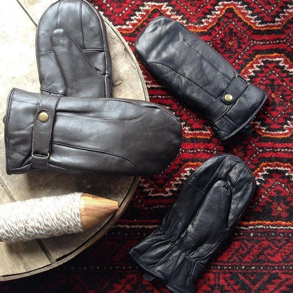 BLACK LEATHER MITTENS W/GLOVE INSERT