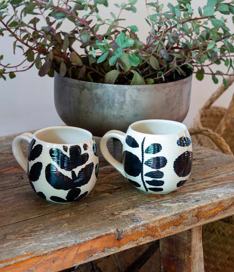 BOLD BLOOM FERN MUG