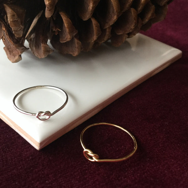 LOVE KNOT STACKING RING GOLD FILL