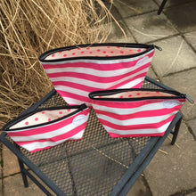 sarahjane cosmetic bag gold stripe