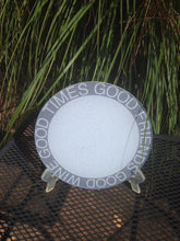 round glass cutting board shadow design