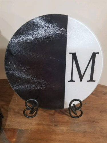 round glass cutting board 1/2 & 1/2 design