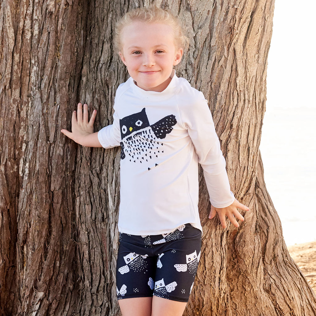 Diagonal Owl Long Sleeve Rash Guard Top Upf50 Kids Boys Girls Size 2 12 Unisex Little Girl Touching A Brown Tree Sunpoplife