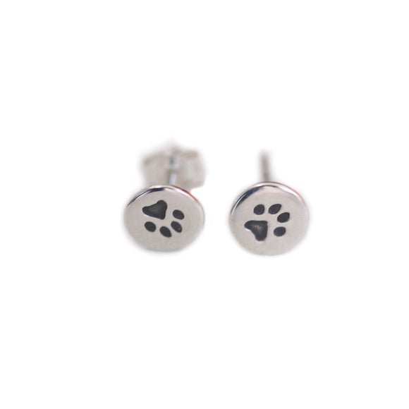 EARRINGS The Petite Paw Stud