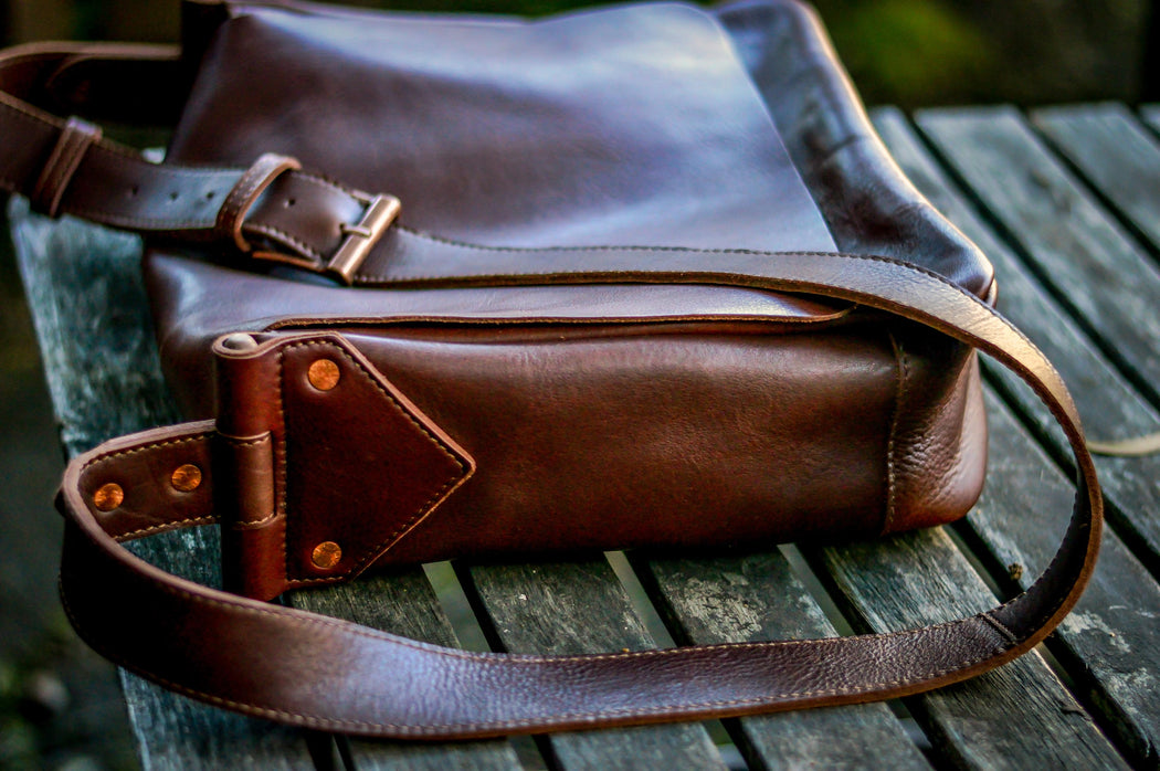 Stun in Salvaged Style - The Full Grain Leather Messenger Bag perfect for Big & Tall Fashionistas