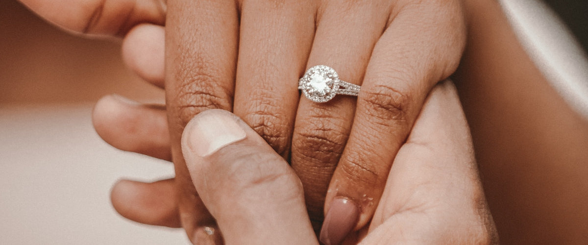 Your guide to picking the perfect diamond for Your Engagement Ring