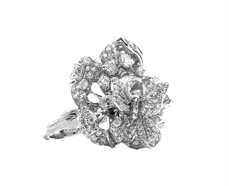DIAMOND BLOOM RING