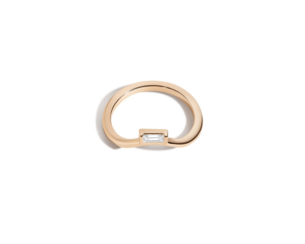 Curved Band with Baguette