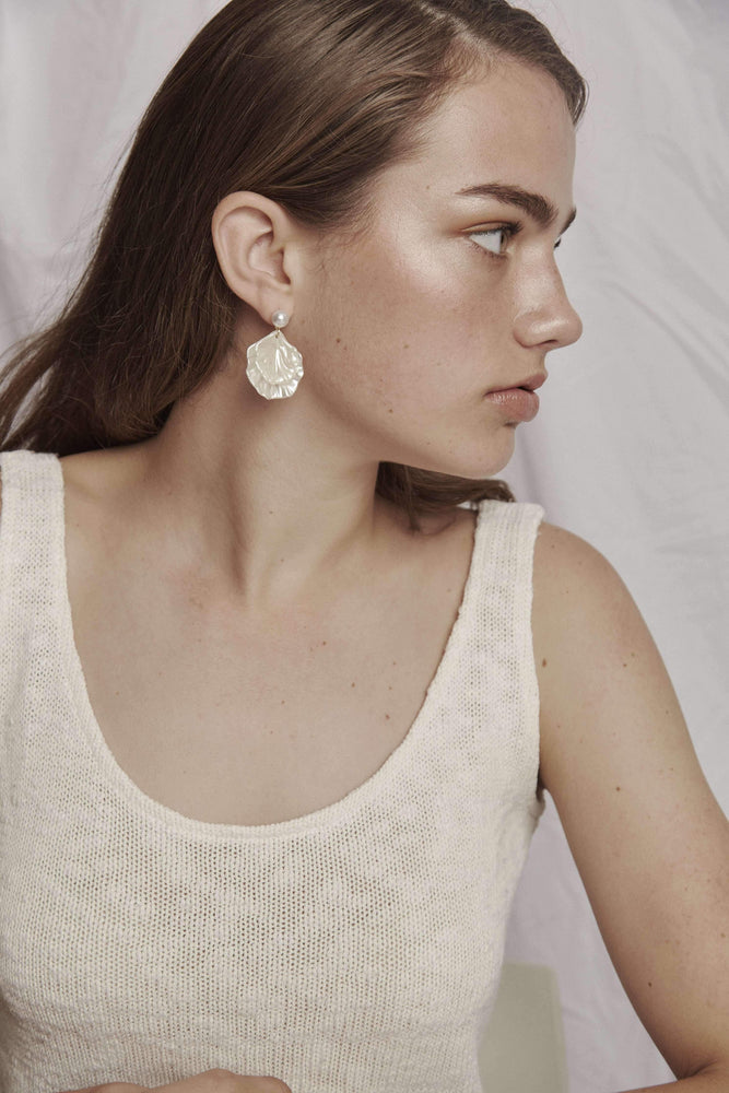 Boston - Pearl Drop Earrings - earrings - monday merchant
