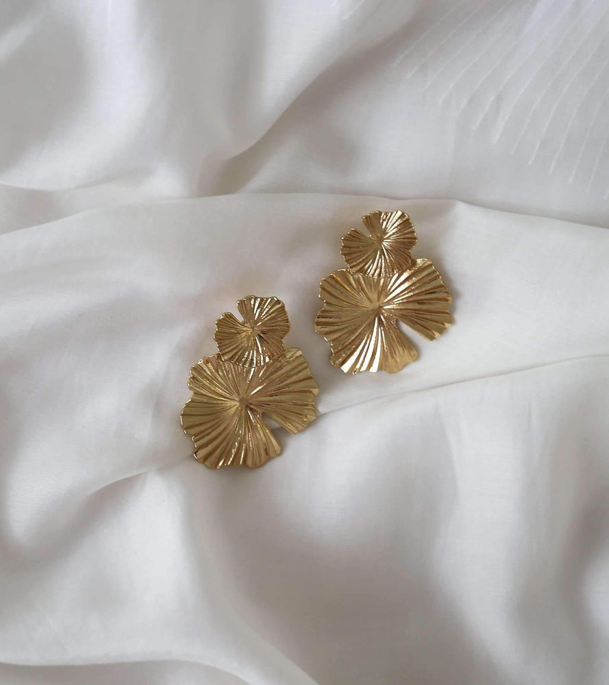 Fleur - Gold / Silver - earrings - monday merchant
