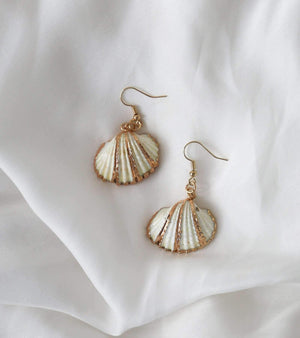 Frenchy Shell Earrings - earrings - monday merchant