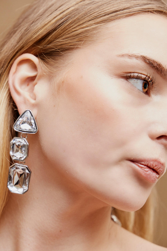 Neave Drop Earrings - Silver - monday-merchant