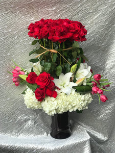 Tall Rose Arangment in a Vase