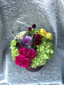 Hydrangea mix in a cylinder