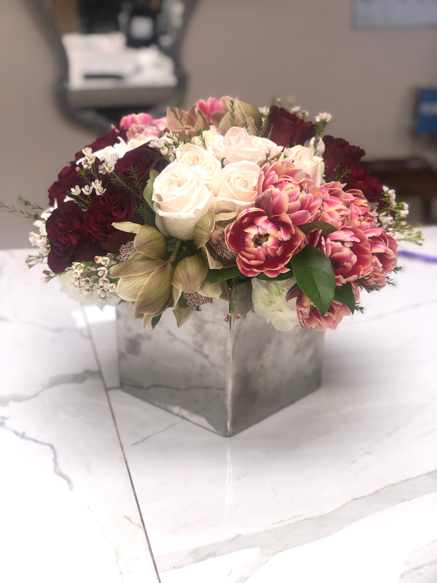 Cluster Arrangements In A Square Vase Tinas Flowers Gifts
