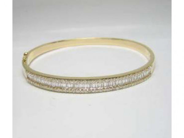 18ky Diamond 1.97 Bangle