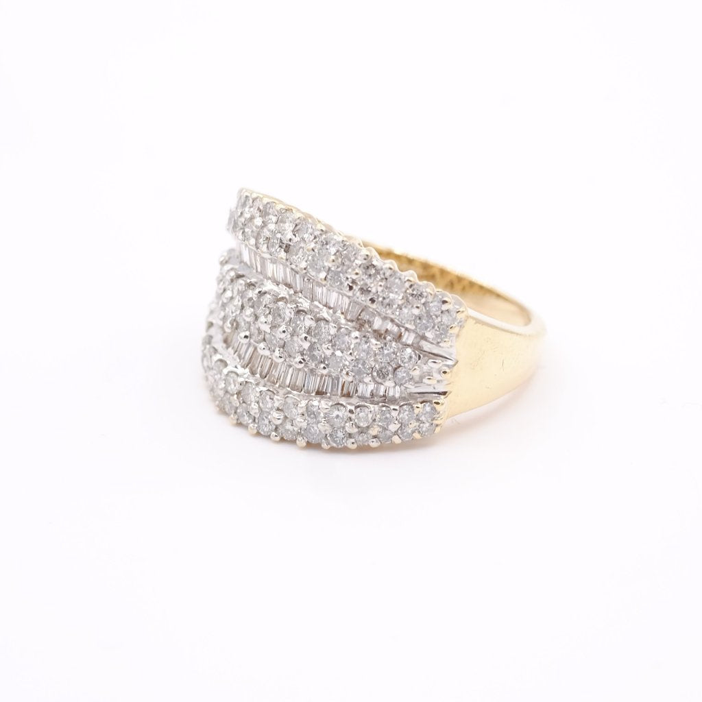 14K Yellow Gold Diamond Dazzle Ring