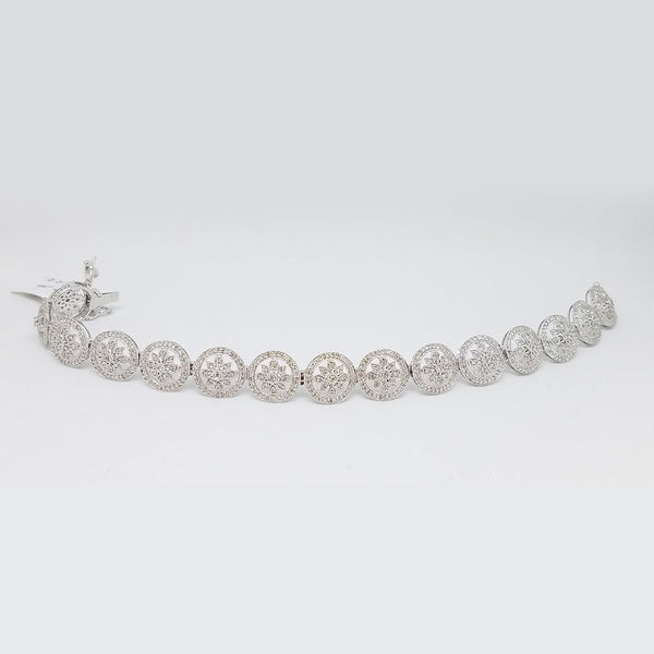14K White Gold Diamond Enchanting Circle Bracelet