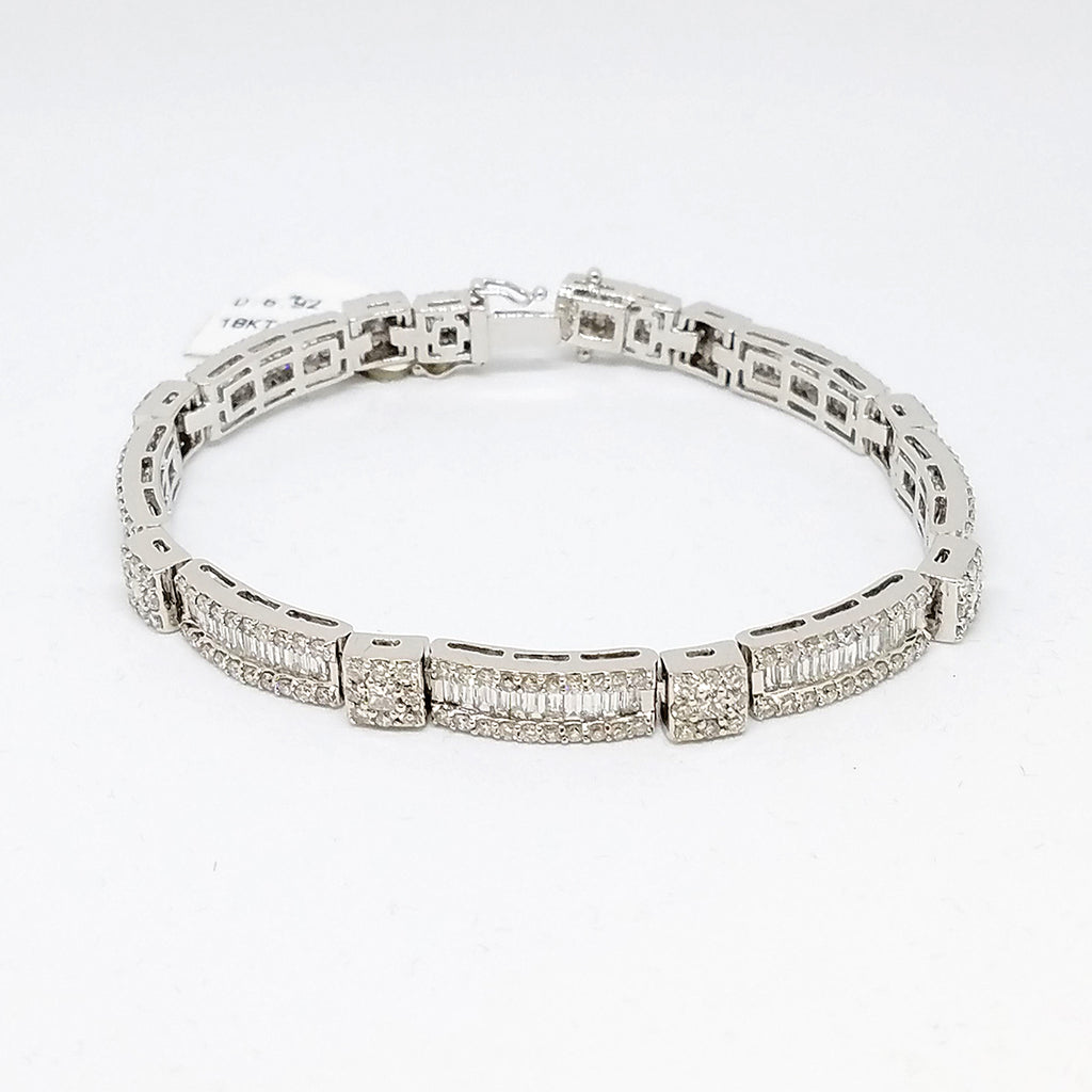 18K White Gold Diamond Link Bracelet