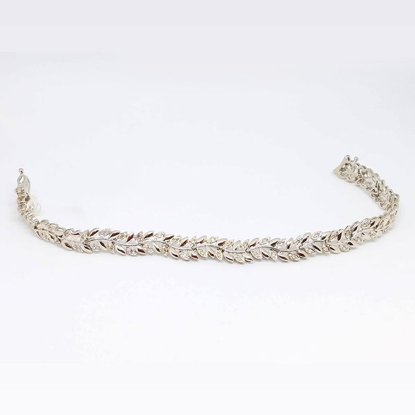 14k White Gold Diamond Vine Motif Bracelet