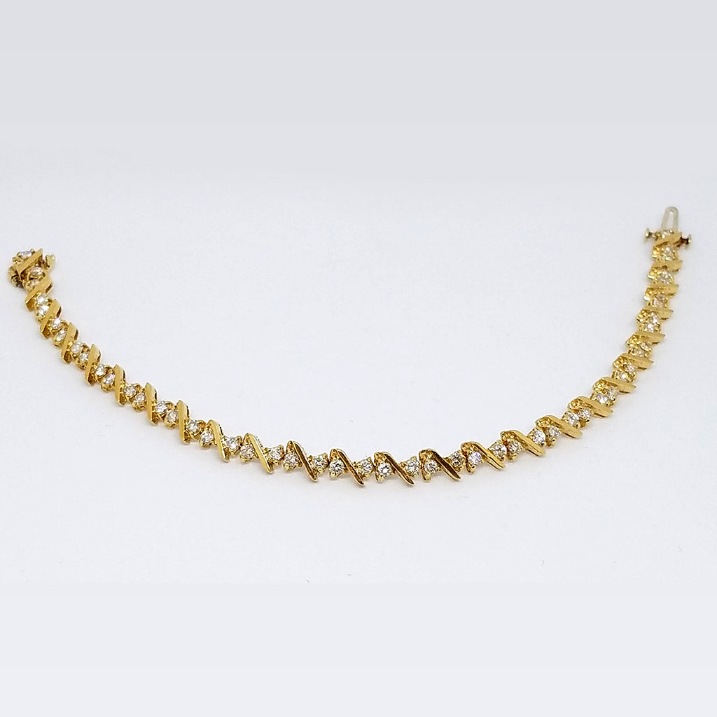 14K Yellow Gold Diamond Gleaming Twist Bracelet
