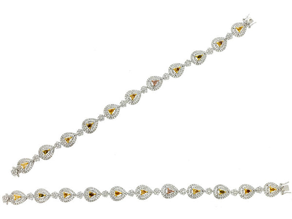 18k White Diamond Bracelet 4.61ctw.