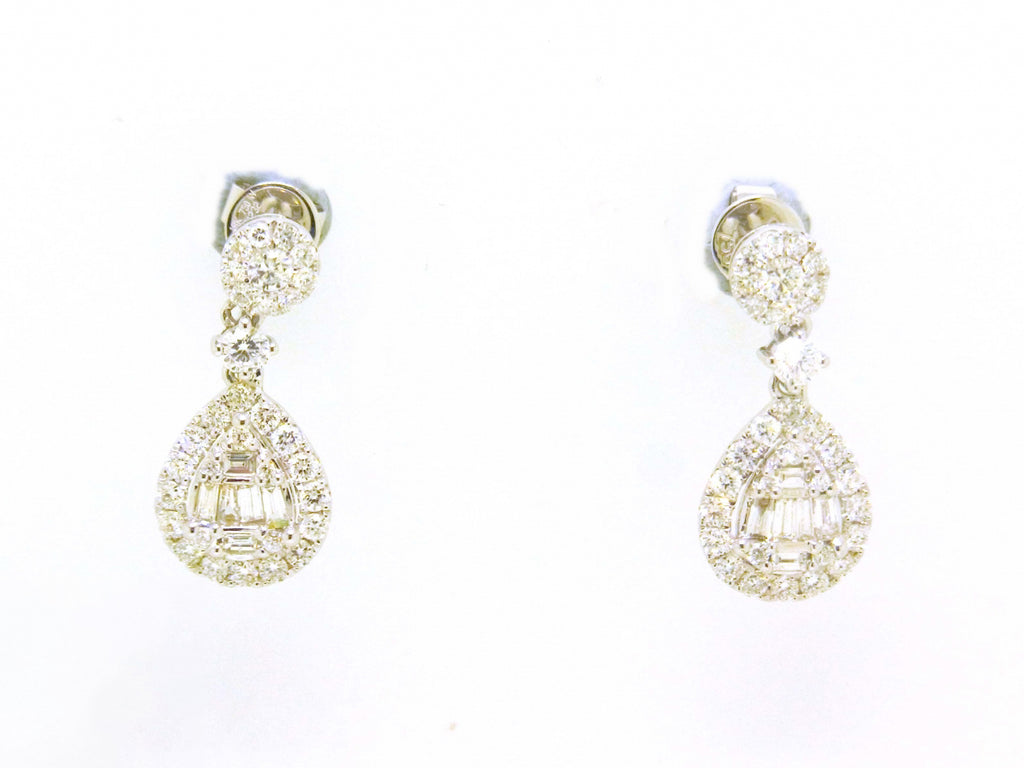 18kw Diamond 1.41 Hanging Pear Shape Earring
