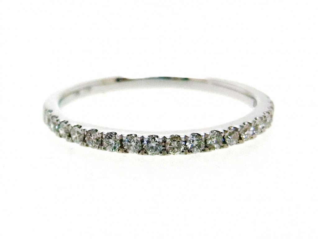 18kw Diamond 0.25 Half Way Ring Band