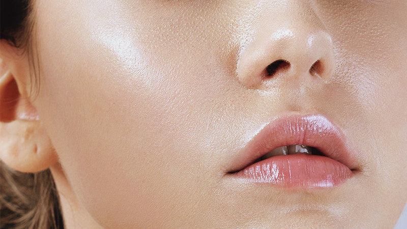 What causes oily skin and how to reduce it