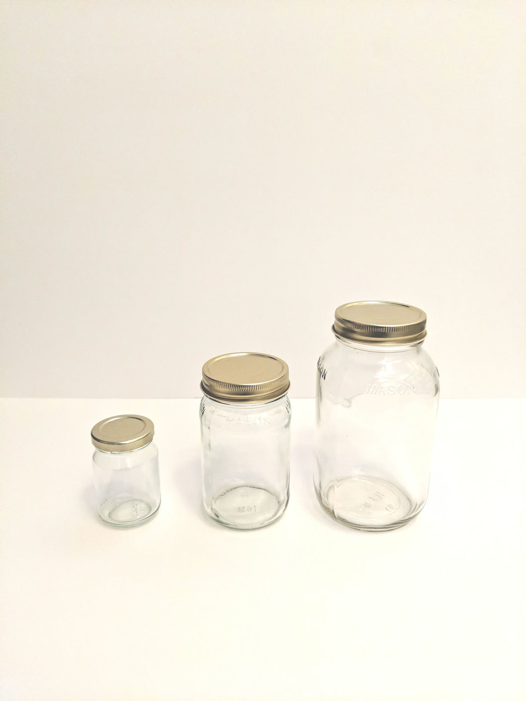 Empty Mason Jars with Lid