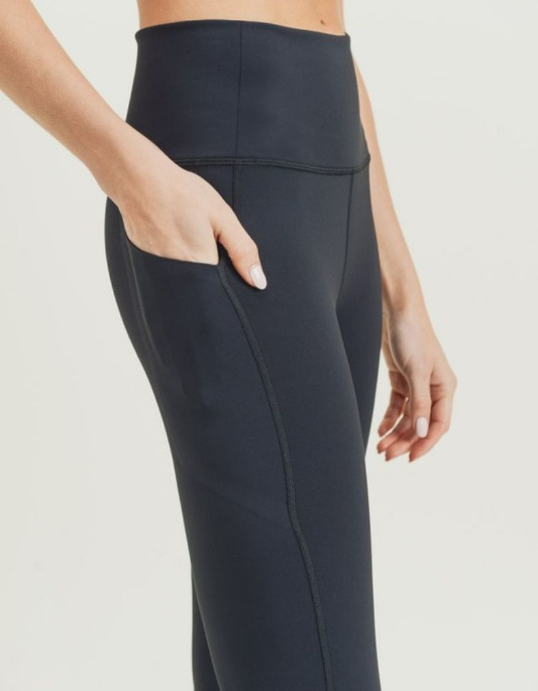 The Luna Legging