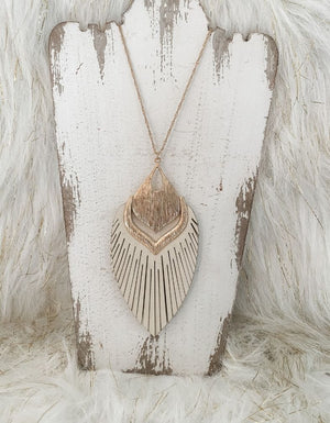 XxxThe Lillian Feather Necklace