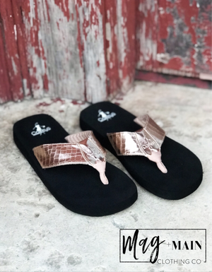 The Lainey Flip Flop in Rose Gold