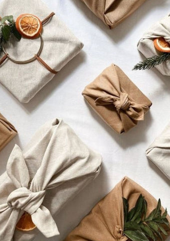 7 Sustainable Gift-Wrapping Ideas
