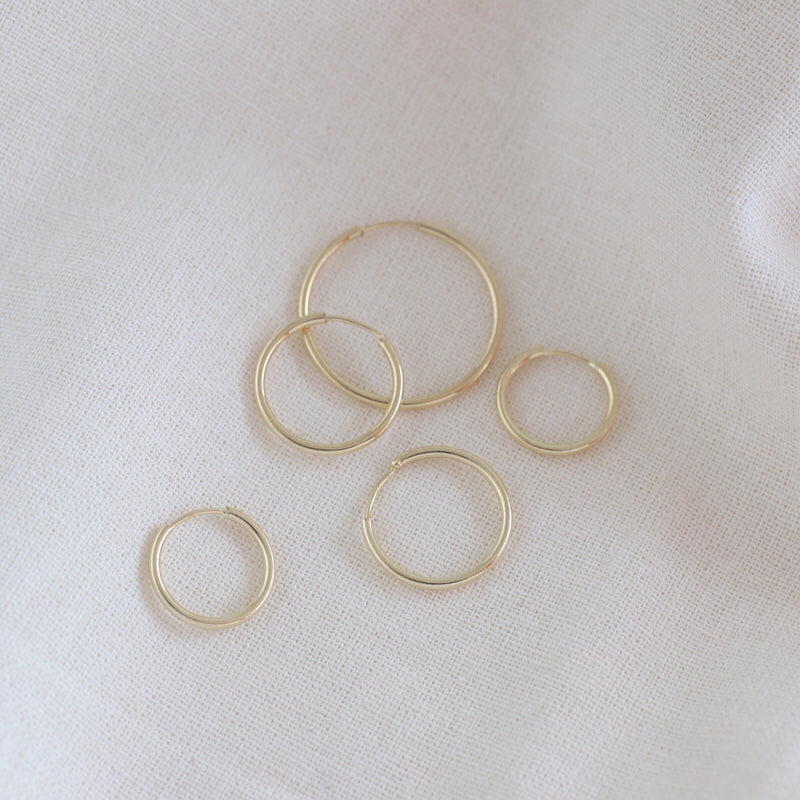 14k gold seamless hoop earrings