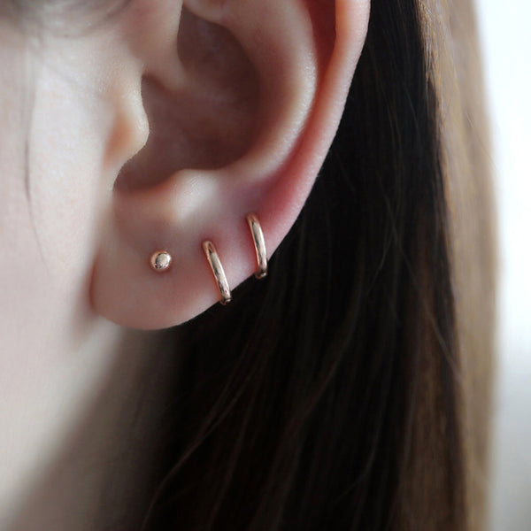 Small Cartilage Huggie Hoop- 14K Gold