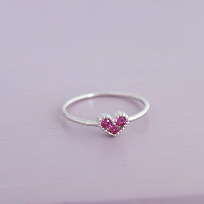 dainty sterling silver heart ring