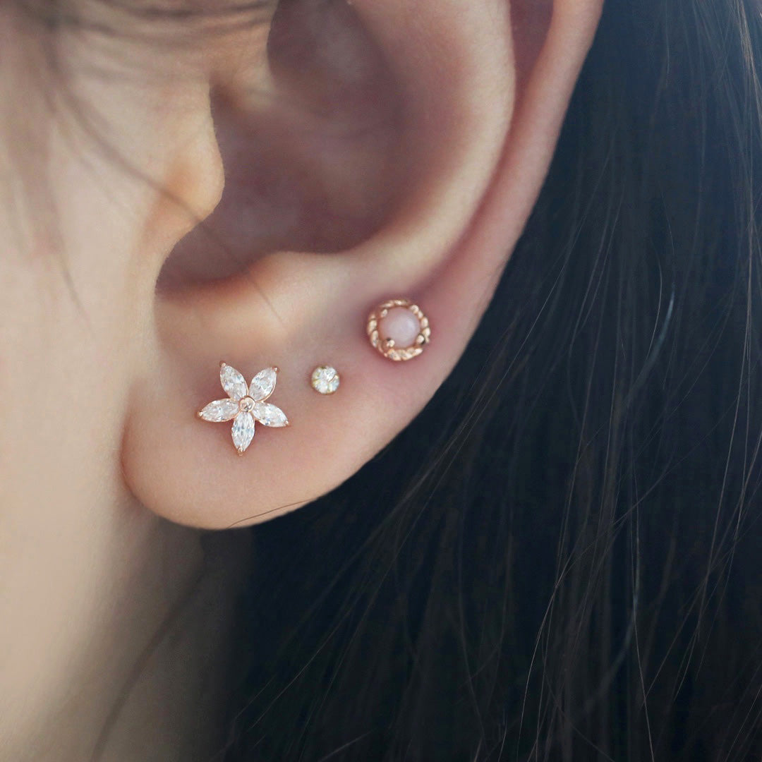 Flower Cartilage Stud Earring- 14K Gold