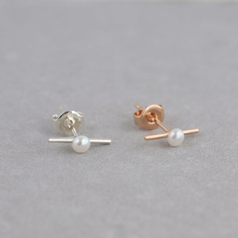 Pearl Bar Stud in Sterling Silver