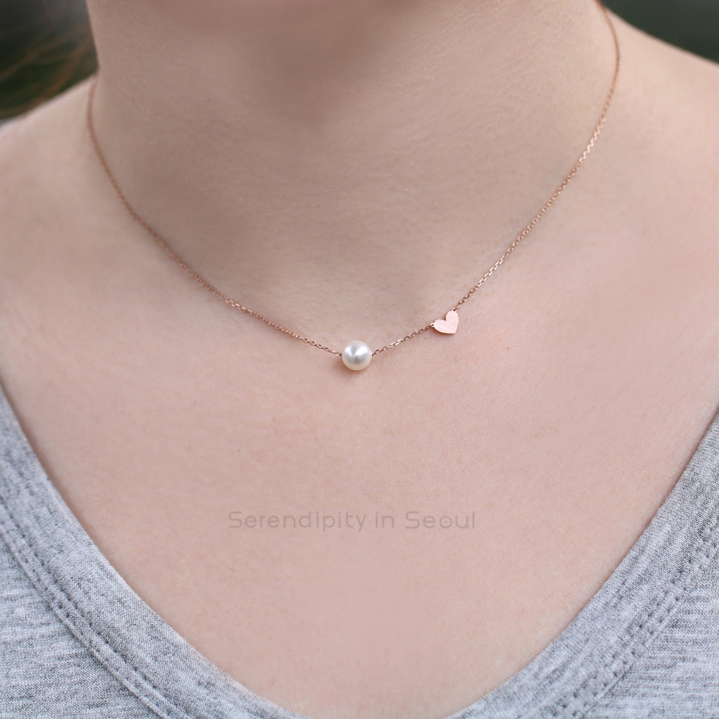 fa3cee42bc027 Single Pearl Heart Necklace, Sterling Silver   Serendipity in Seoul